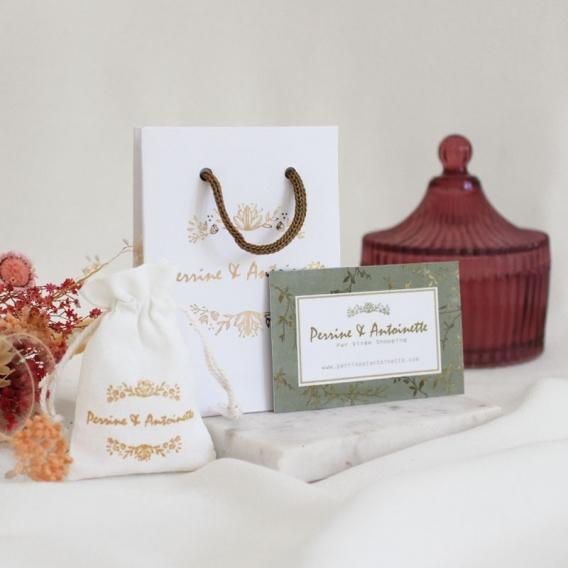 Photo de Grands pendentifs PENDENTIF ALWENA chez Perrine et Antoinette