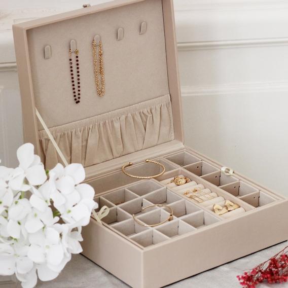 Photo de Boîtes à bijoux BOÎTE À BIJOUX FRIDA chez Perrine et Antoinette