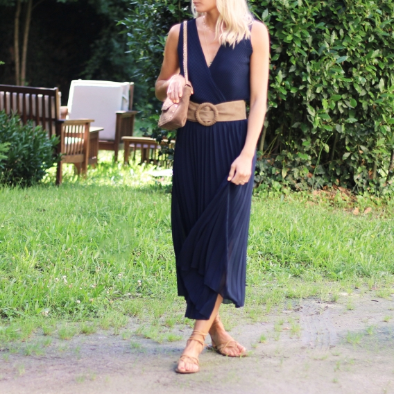 Photo de Robes & Jupes ROBE LAURENE chez Perrine et Antoinette