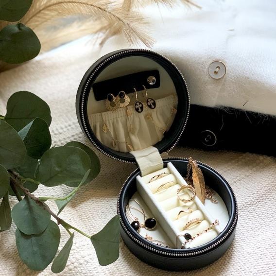 Photo de Boîtes à bijoux BOÎTE À BIJOUX SEDORA chez Perrine et Antoinette